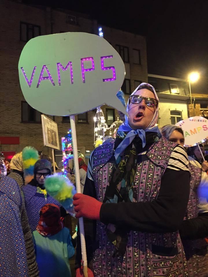 2015- Les Vamps